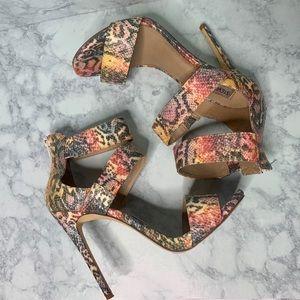 Steve Madden snake print heels ✨